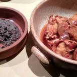Lobster s tradiční rýží a fazolemi